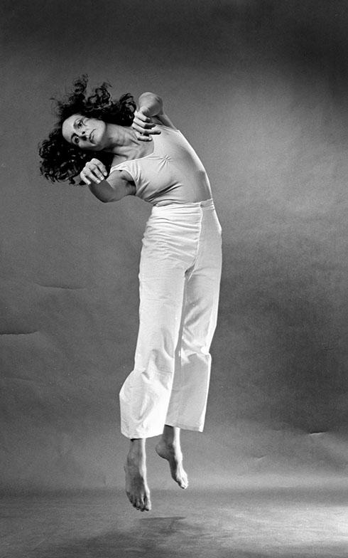 Trisha Brown performing Locus, 1975. AR March 2020 Previews