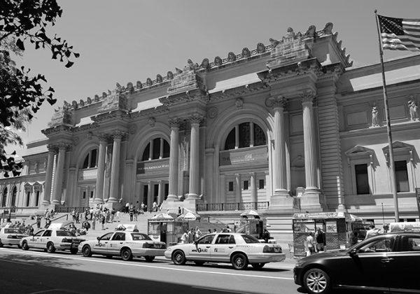 Metropolitan Museum. News 13 March 2020 Metropolitan Museum and megagalleries close